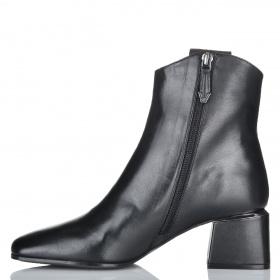 Ботинки женские Bruno Premi 2302 L1